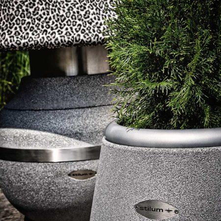 Pflanzentopf Arund mit Design aus Gummigranulat