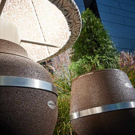 Lampe Gratus Ranke in Kombination mit Stilum Design Vase