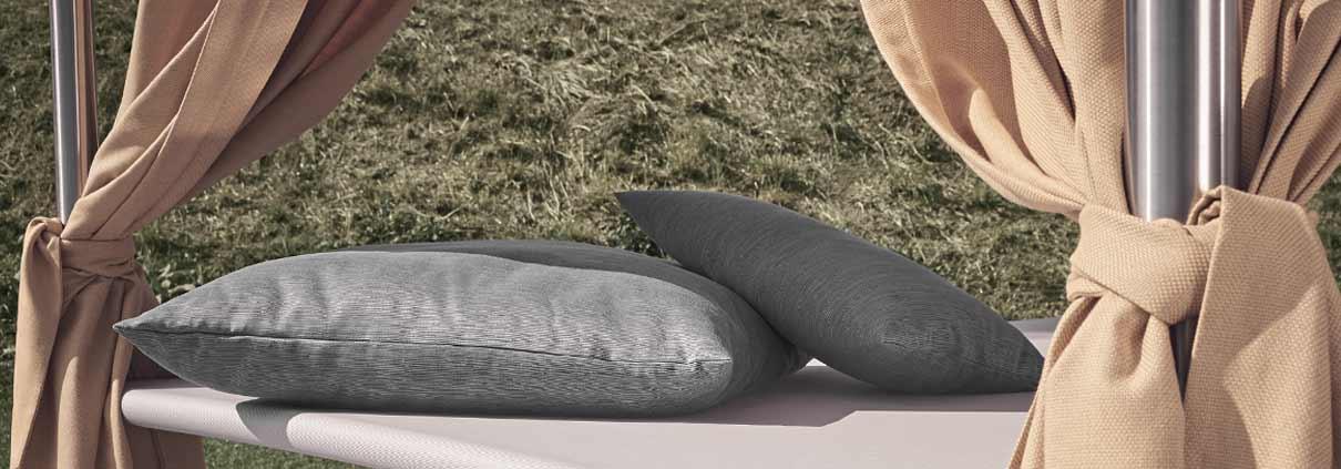 Outdoor Daybeds & Liegen aus Edelstahl von Stilum Home